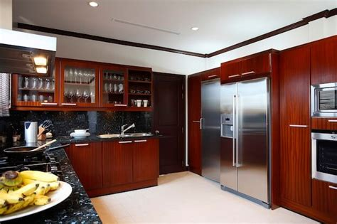 how to clean wooden kitchen cabinets best way to clean kitchen cabinets cleaning wood cabinets 8593