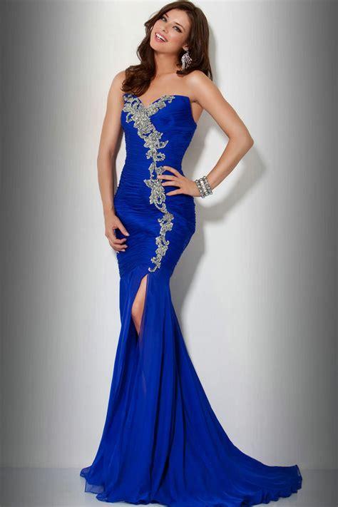 blue prom dresses dressed up