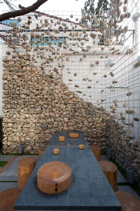 rock wall design stone walls and gabion stone fences a stylish alternative for beautiful homes