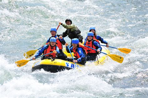 7 White Water Rafting Locations In India Which Is Sure To ...