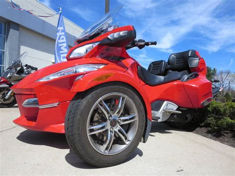 2011 Can-am Spyder Roadster Rt-s Sport Touring Motorcycle