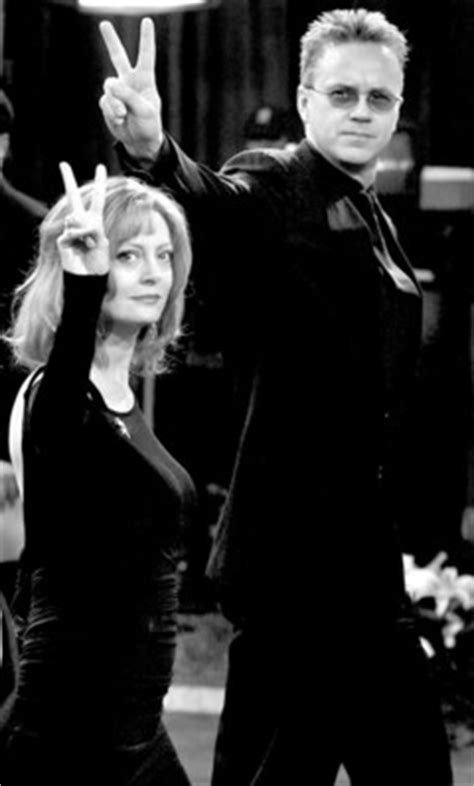 Tim Robbins and Susan Sarandon have broken up