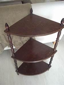 Petite étagère D Angle : petite tag re d 39 angle beige blanc ~ Teatrodelosmanantiales.com Idées de Décoration