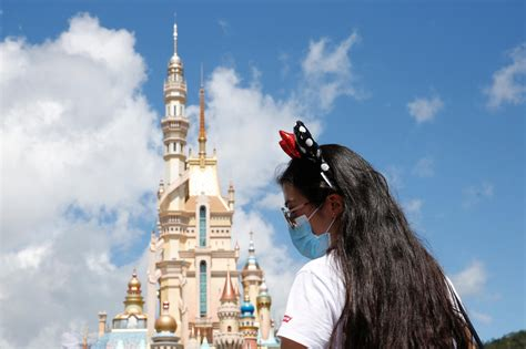 Disneyland California To Be Super Vaccination Site