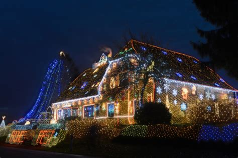 best christmas light displays best christmas light displays in the detroit area cbs