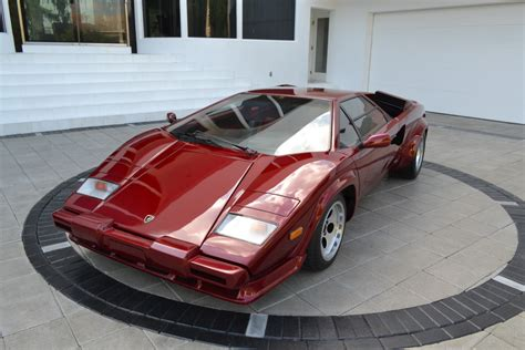 lamborghini countach  classic italian cars