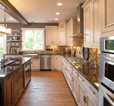 kitchen cabinet lighting options awesome light colored kitchen cabinets with apron sink 5568