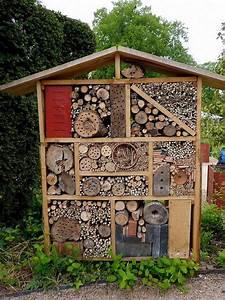 Fabriquer Un Hotel A Insecte : fabriquer un h tel insectes dans son jardin insectes ~ Melissatoandfro.com Idées de Décoration