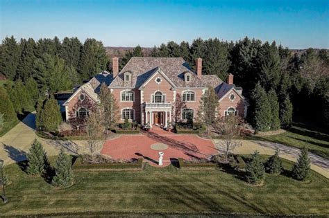 georgian colonial style brick home  mequon wisconsin homes   rich