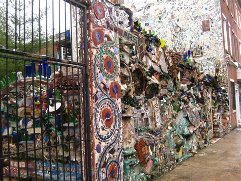 philadelphia s magic gardens berkeley south philadelphia s magic gardens