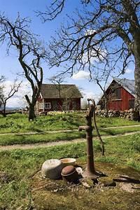 Hand Wasserpumpe Garten : alte handbetriebene wasserpumpe stockbild bild von eisen cultivate 12881013 ~ Frokenaadalensverden.com Haus und Dekorationen