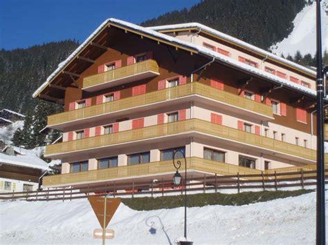 meubles chambres centre de vacances soleil levant hôtel pour groupes