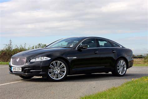 Review Jaguar Xj by Jaguar Xj Saloon Review 2010 Parkers