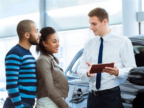 How Much Do Car Dealers Make on a New Car Sale? | Reader's ...