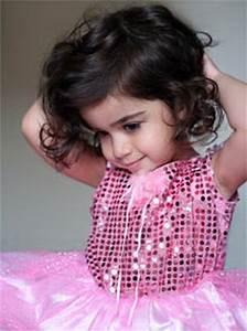 Coupe De Cheveux Fillette : coupe cheveux enfant fille ~ Melissatoandfro.com Idées de Décoration