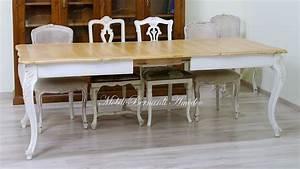 Tavoli allungabili laccati con gambe curve Tavoli