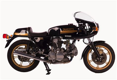 These Vintage Italian Motorcycles Will Make You Want To Ride