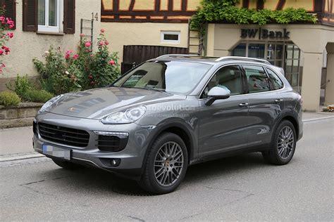 2015 Porsche Cayenne Facelift Spied Almost Undisguised