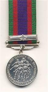 CANADIAN VOLUNTEER SERVICE MEDAL 1939-45 - Service ...