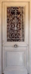Grille Porte D Entrée : porte avec ouvrant vitr grille en font partie vitr e ~ Melissatoandfro.com Idées de Décoration