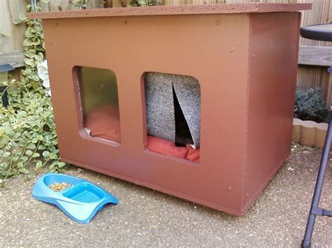 how to house a cat cat house for those chilly nights