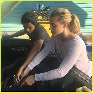 Cole Sprouse & Lili Reinhart Work on a Car Together in ...