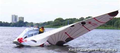 Motorbootschein Berlin by Segelkurs Und Motorbootschein K 252 Ste Sportbootf 252 Hrerschein