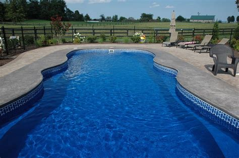 Fiberglass Pool Waterline Tile by Home Fiberglass Swimming Pool Tiling