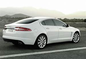 Avis Jaguar Xf : jaguar xf 2 2 d 190 luxe premium s rie limit e a 2011 fiche technique n 143747 ~ Gottalentnigeria.com Avis de Voitures