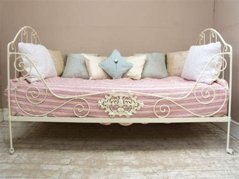 83 Best Images About Daybed Ideas On Pinterest