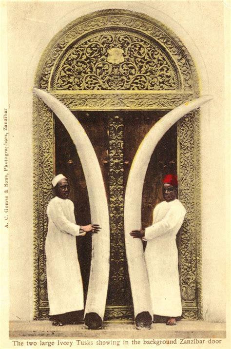antique postcards  zanzibar omani doors