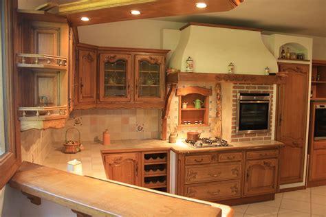 cuisines rustiques bois cuisine chene massif moderne