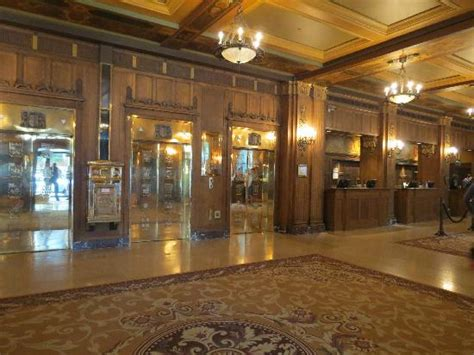 chateau frontenac chambre 301 moved permanently