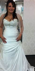 pin by jessica lee sousa on wedding dresses pinterest With wedding dress cleavage