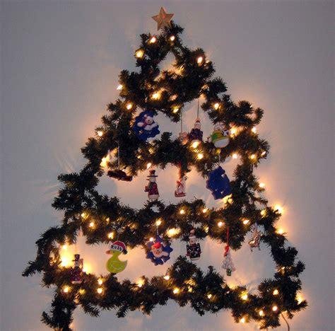 pohon natal unik  barang bekas murah jurnal lamudi