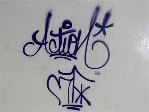 Cool Graffiti Tags Design