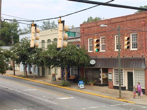 11 Charming Small Towns In North Carolina Vacation Guide