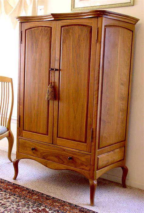 where to donate high end furniture and antiques