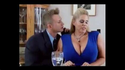 Sexy Big Tit Stepmom Kiss Hot Milf Xvideo