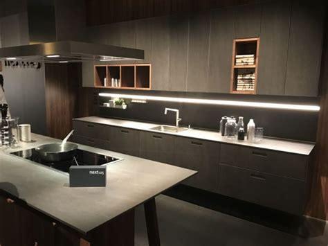 ten  moderno mueble de cocina en color gris