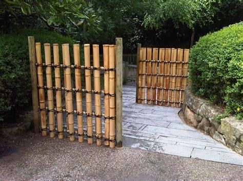 inspirasi desain unik pagar rumah  bambu page