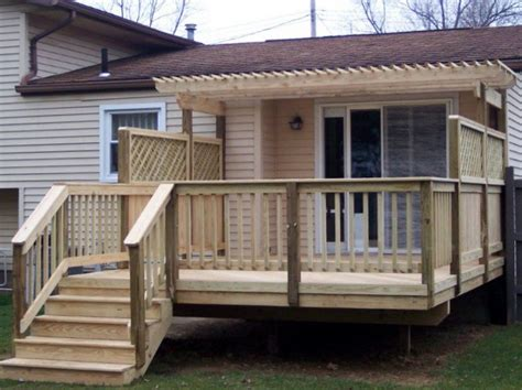 deck   pergola trellis  privacy fence decks