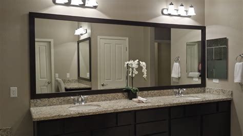 customer bathroom  las vegas frame