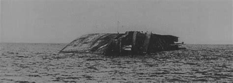 Britu Karaliskie gaisa spēki nogremdē kuģi