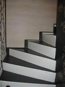 Habillage Escalier Beton Pas Cher by J Ai Un Escalier B 233 Ton Et Je Cherche Un Moyen Facile Pour