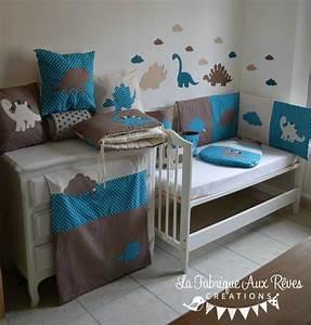 Décoration chambre bébé et linge de lit hibou chouette étoiles bleu pétrole canard rose fuchsia