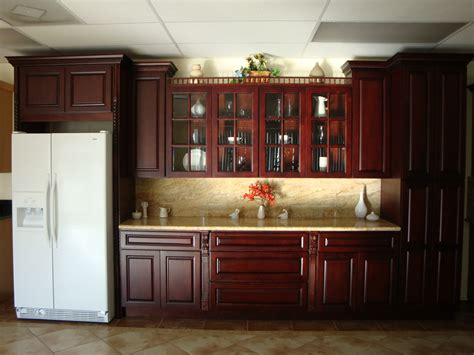 Decorating Ideas For Kitchen With Cherry Cabinets by Decorating With Cherry Wood Kitchen Cabinets My Kitchen