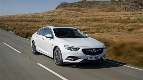 Vauxhall Insignia Review and Buying Guide: Best Deals and ...
