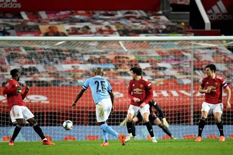 Man United player ratings vs Man City: Martial and Wan ...