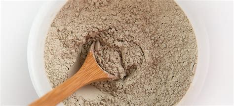 bentonite clay  natural sodium  calcium clay